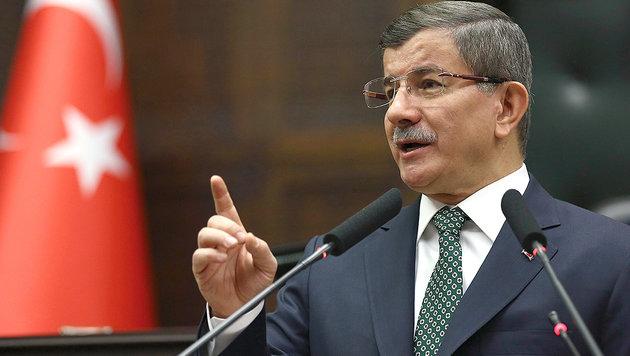 Premier Ahmet Davutoglu will die EU-Beitrittsverhandlungen mit der Türkei vorantreiben. (Bild: AP)