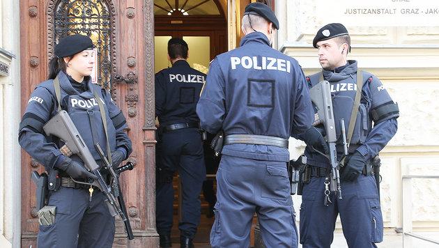 Dschihadist wandert ins Gefängnis: Acht Jahre Haft (Bild: Jürgen Radspieler)