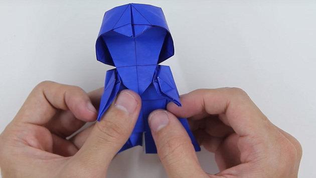 """""""Darth Vader aus Origami: So geht's! (Bild: YouTube.com / Tadashi Mori)"""""""