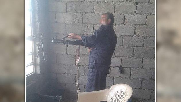 Muhannad al-K. soll acht  Zivilisten  ermordet haben. (Bild: mujremon.com)