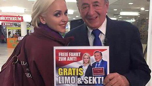 Lugner legt nach: Mit Limousine zur Unterschrift (Bild: facebook.com)