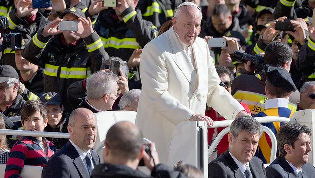 """Papst: """"Können von arabischer Invasion sprechen"""" (Bild: AP)"""
