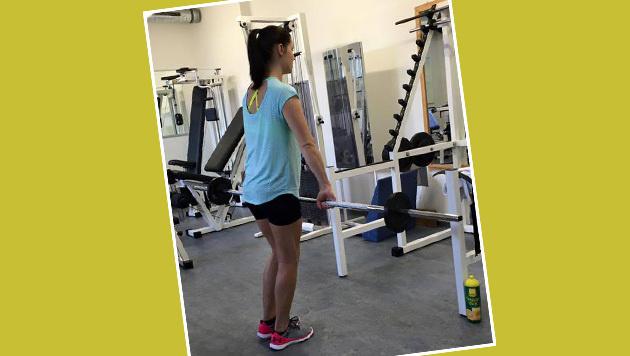 Nach ihrer schweren Knieverletzung trainiert Ski-Ass Anna Fenninger weiter an ihrem Comeback. (Bild: facebook.com)