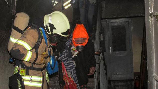 Zahlreiche Verletzte bei Brand in Männerwohnheim (Bild: Berufsfeuerwehr Graz)