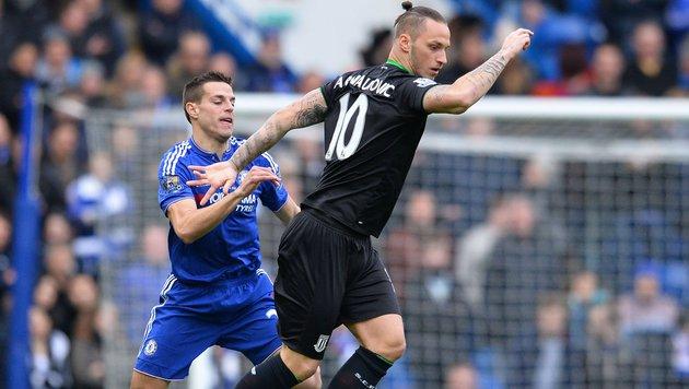 Arnautovic holt mit Stoke 1:1 bei Chelsea (Bild: APA/AFP/GLYN KIRK)