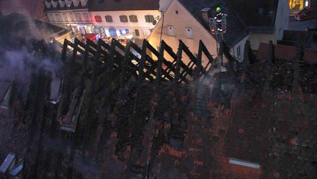 Großbrand in der Steiermark: Gebäude evakuiert (Bild: BFV Deutschlandsberg)