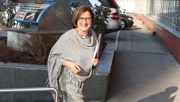 """Johanna Mikl-Leitner zu Besuch bei der """"Krone"""" (Bild: zwefo)"""
