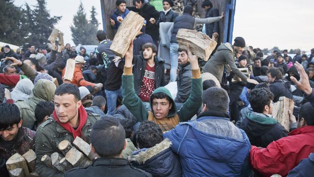 Zehn-Punkte-Plan f�r die Bew�ltigung der Asylkrise (Bild: AP)