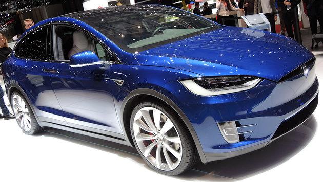 Handbremsen kaputt? Tesla ruft 53.000 Autos zurück (Bild: Stephan Schätzl)