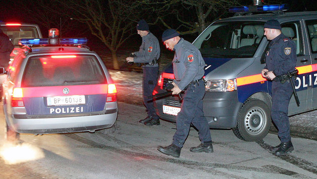 """Nach Bandenkrieg: Tschetschenen wollen """"Frieden"""" (Bild: APA/MARKUS LEODOLTER (Symbolbild))"""
