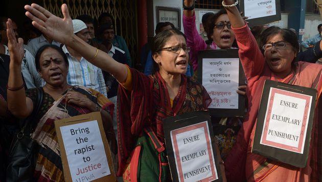 Inderin (15) vergewaltigt und angezündet - tot (Bild: APA/AFP/DIBYANGSHU SARKAR)