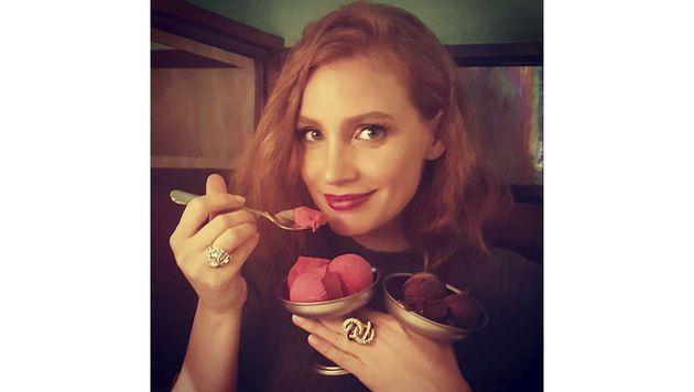 Schoko oder Erdbeere? Jessica Chastain kann sich einfach nicht entscheiden. (Bild: Viennareport)