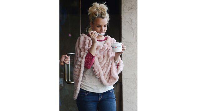 Britney Spears löffelt lieber Frozen Yogurt. (Bild: Viennareport)