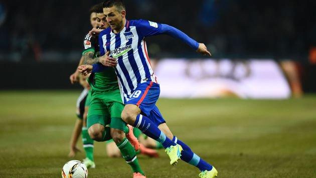 Hertha BSC festigt mit 2:0 über Schalke Rang 3 (Bild: AFP or licensors)