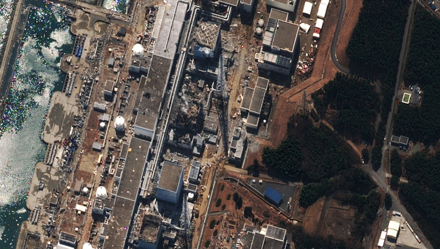 Das AKW Fukushima nach dem Tsunami (Bild: AFP/picturedesk.com)