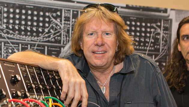 Keyboard-Legende Keith Emerson gestorben (Bild: AP/Invision/Paul A. Hebert)
