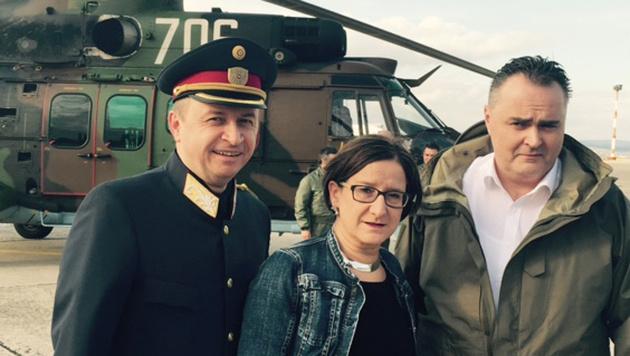 """Polizei-Generaldirektor Konrad Kogler und die Minister Mikl-Leitner und Doskozil in Burgas (Bild: """"Krone"""")"""