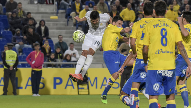 Video: Casemiro-Kopfball rettet lustloses Real (Bild: AP)