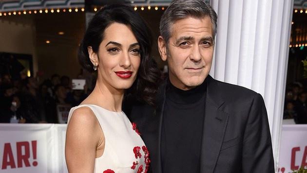 Amal und George Clooney (Bild: APA/AFP/GETTY IMAGES/KEVIN WINTER)
