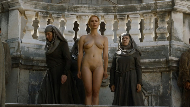 """Queen Cersei (Lena Headey) beim """"Walk of Shame"""" (Bild: Viennareport)"""