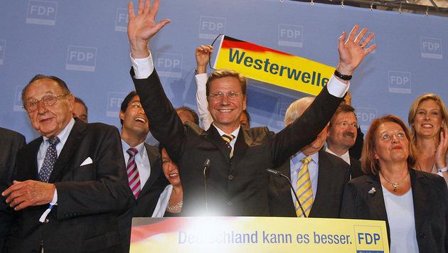 Guido Westerwelle jubelt nach der erfolgreichen Bundestagswahl im Jahr 2009. (Bild: ASSOCIATED PRESS)