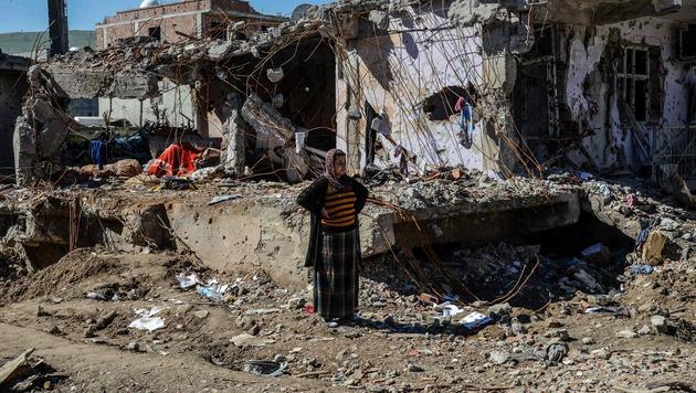 Syrien? Nein, die kurdische Staat Cizre in der Türkei (Bild: APA/AFP/ILYAS AKENGIN)