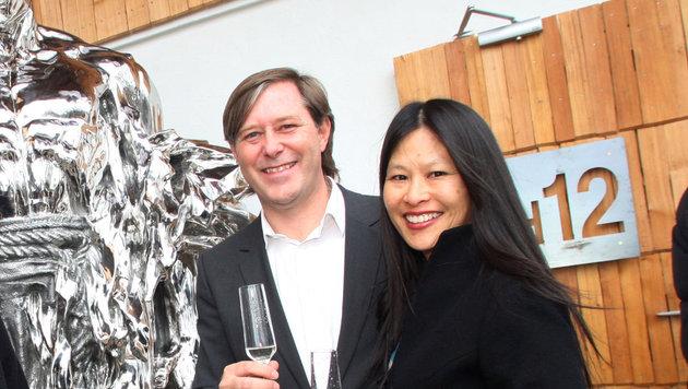"""""""H 12""""-Chef Walter Junger und seine Lebensgefährtin Lori Lee. (Bild: H12)"""