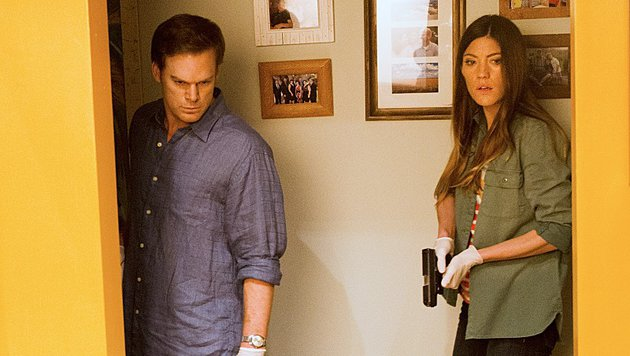 "Jennifer Carpenter und Michael C. Hall in ""Dexter"" (Bild: Showtime)"