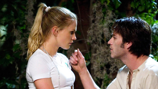 "Anna Paquin und Stephen Moyer in ""True Blood"" (Bild: HBO)"