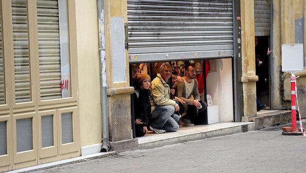 Istanbul: Blutiger Anschlag auf Einkaufsstraße (Bild: APA/AFP/BULENT KILIC)