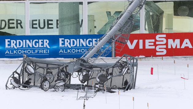 Biathlon: Mega-Sturm bläst Flutlicht-Mast um (Bild: GEPA)