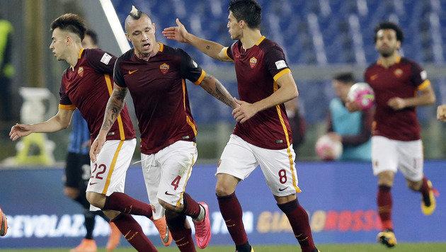 Roma wahrt Fünf-Punkte-Vorsprung auf Inter Mailand (Bild: AP)