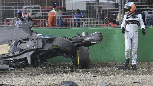 """""""Unglaubliches Glück!"""" So konnte Alonso überleben (Bild: AP)"""