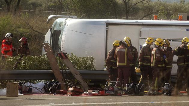 Busunglück in Spanien: Auch Österreicherin starb (Bild: AP)