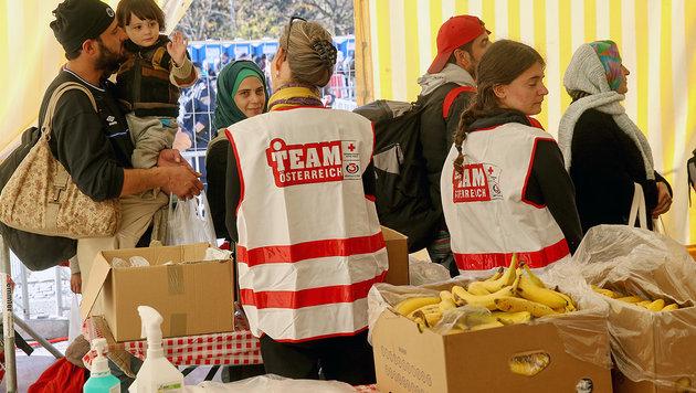 Der Staat will den Hilfsorganisationen Spenden für Flüchtlingshilfe abziehen. (Bild: Sepp Pail)