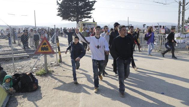 Derzeit gibt es für diese Flüchtlinge kein Weiterkommen. (Bild: Klemens Groh)