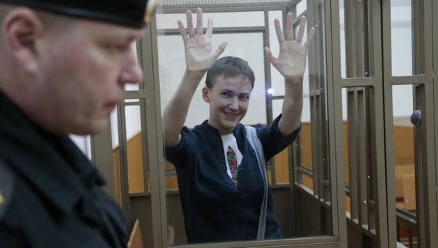 22 Jahre Lagerhaft für ukrainische Pilotin (Bild: AP)