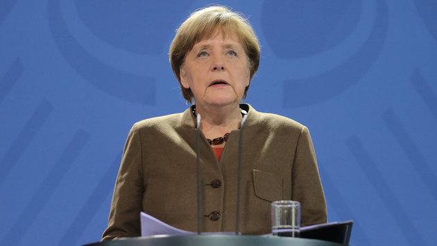Merkel betonte, dass Brüssel alle Unterstützung von Deutschland erhalten werde. (Bild: APA/dpa/Kay Nietfeld)