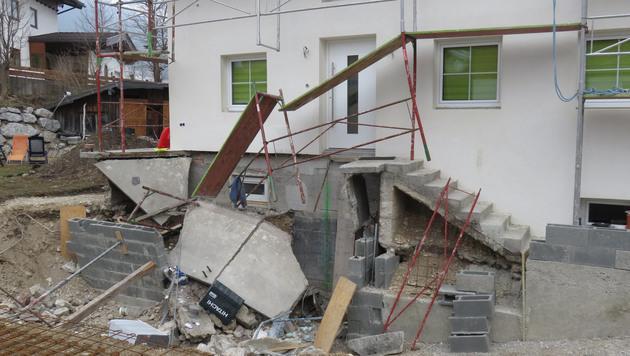 Terrasse eingestürzt: Bub auf Weg der Besserung (Bild: ZOOM.TIROL)