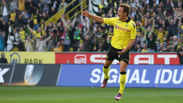 Da war die Welt noch in Ordnung: Götze jubelt im BVB-Dress. Ein Bild aus dem Jahr 2011. (Bild: dpa/Friso Gentsch)
