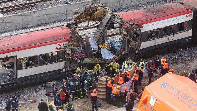 2004 ließen bei mehreren Bombenexplosionen in Madrid 191 Menschen ihr Leben. (Bild: AP)