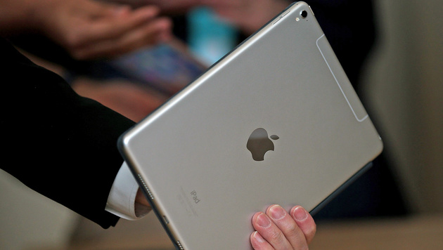 Neues iPad Pro mit fest eingebauter SIM-Karte (Bild: APA)