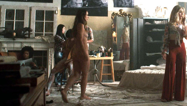 Olivia war völlig nackt
