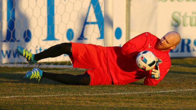 Robert Almer fällt für EL-Spiel gegen Giurgiu aus (Bild: GEPA)