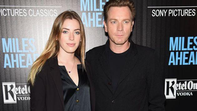 Ewan McGregor brachte seine älteste Tochter Clara zur Filmpremiere nach New York mit. (Bild: APA/AFP/GETTY IMAGES/Jamie McCarthy)