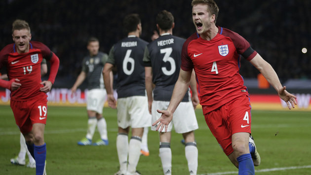 Super-Fersler treibt England zum Wunder von Berlin (Bild: AP)
