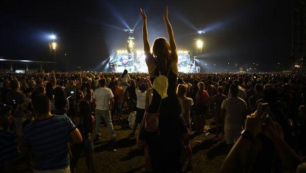 Rolling Stones rockten vor 500.000 Fans auf Kuba (Bild: AP)