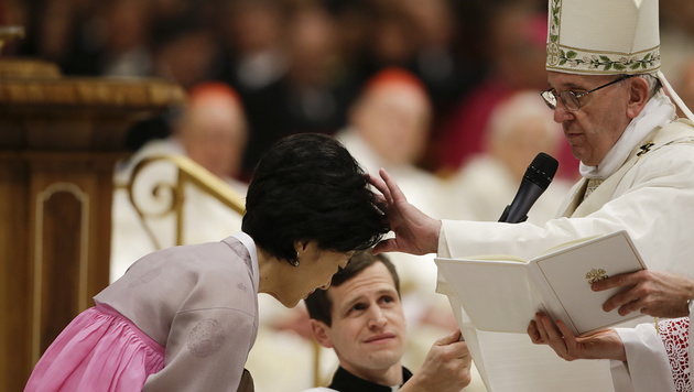 """Ostersegen: Franziskus verurteilt """"blinde Gewalt"""" (Bild: AP)"""