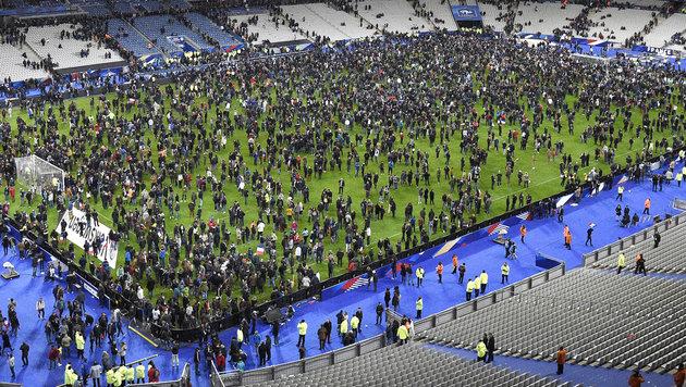 Frankreichs Rückkehr an den Ort des Schreckens (Bild: AFP/FRANCK FIFE)