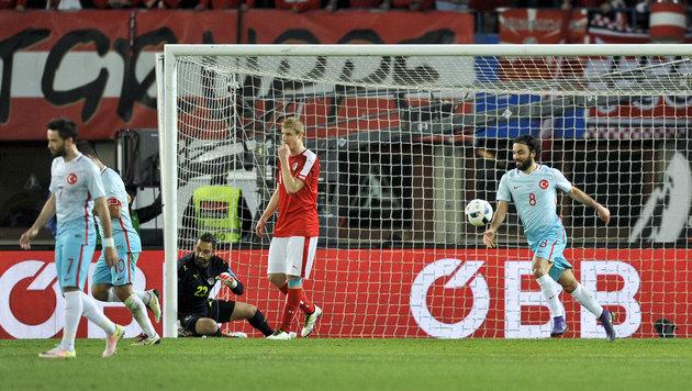 """Koller: """"Können Fans nicht ins Stadion prügeln"""" (Bild: APA/HERBERT NEUBAUER)"""